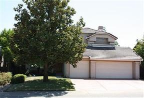 Single Family Home Sold: 413 S Lexington Dr