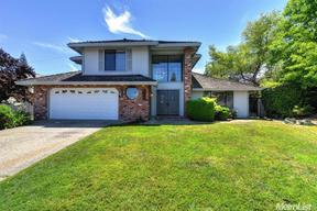 Single Family Home Sold: 113 Cascade Falls Dr