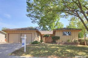 Single Family Home Sold: 4644 Hixon Cir