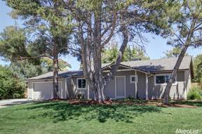 Single Family Home Sold: 8507 Hilton Way