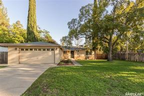 Single Family Home Sold: 6940 Findley Way