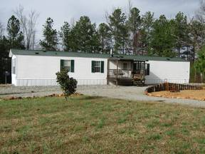 Manufactured Home For Sale: 3 Bed / 2 Bath Home in Roanoke for $59,300