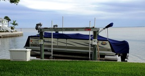 Dock with lift  For Sale: 4927 Cobia Drive E #10LS