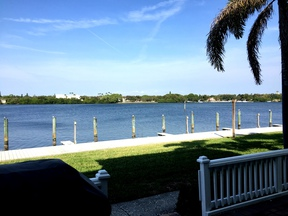 St Petersburg FL 2 bedroom/ 1 bath first f: $1,100 Eleven hundred per month