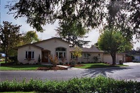 Residential Closed: 3220 SIERRA OAKS DR