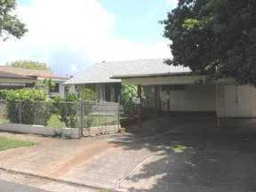 Residential Closed: 94-1065 Lumikula St