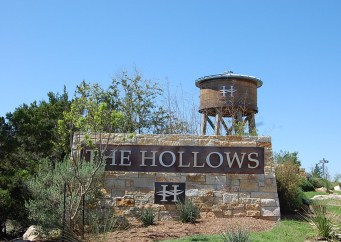 Hollows Northshore homes for sale