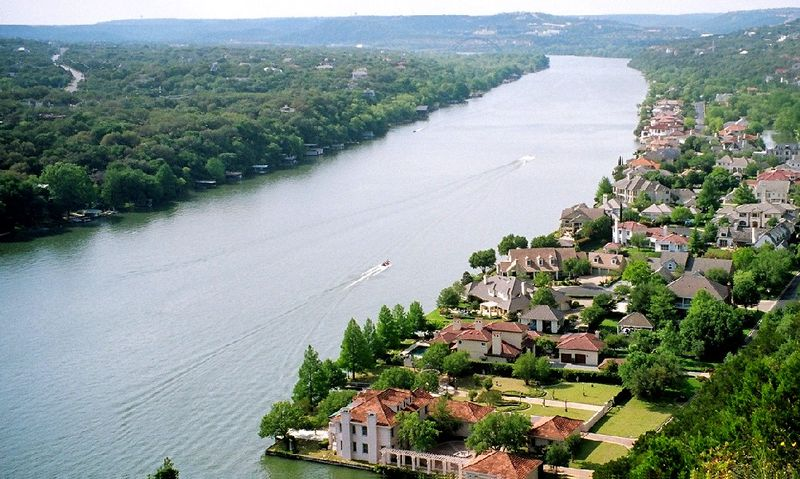 Lake Austin waterfront homes for saleWaterfront homes for sale on