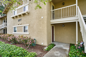 Condo/Townhouse Sold: 3177 Chateau Way #103
