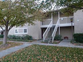 Condo/Townhouse Leased: 3135 Chateau Common #203