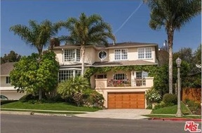 Los Angeles CA Single Family Home Sold: $2,099,000