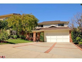 Los Angeles CA Single Family Home Sold: $2,500,000