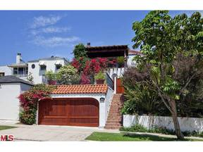 Los Angeles CA Single Family Home Sold: $1,475,000