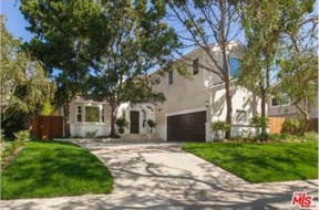 Los Angeles CA Single Family Home Sold: $1,860,000