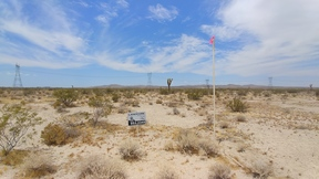 Residential Lots & Land For Sale: 4.97 Acres on El Mirage Road