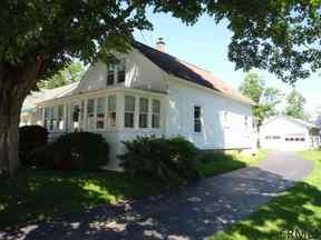 Single Family Home Sale Pending: 23 Walnut Street
