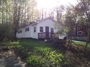 Hadley NY Single Family Home For Sale: $69,900 NEW PRICE