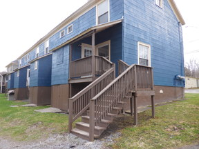 Townhouse Oriskany Falls 2 bedroom: 121 Cooper Street #4