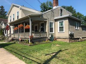 Multi Family Home For Rent: 5 Utica Street #3