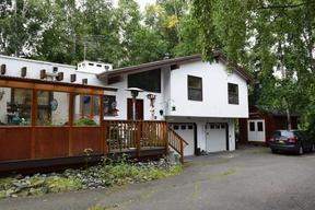 Rental For Rent: 1513 Crescent Drive #2