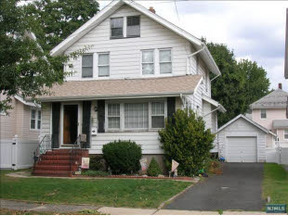 Residential Closed: 203 Cypress Ave