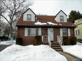 Residential Closed: 675 Coles St