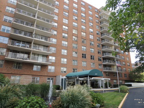 Commercial Listing : 301 Beech St 6