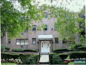 Residential Closed: 218 Prospect Ave