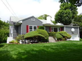 Single Family Home Sold: 41 Palmer Avenue