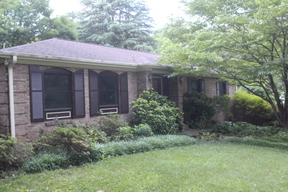 Hickory NC Single Family Home Sold: $165,000