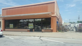 Commercial For Sale: 906 13th St