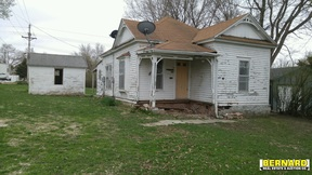 Residential Sale Pending: 1313 10th