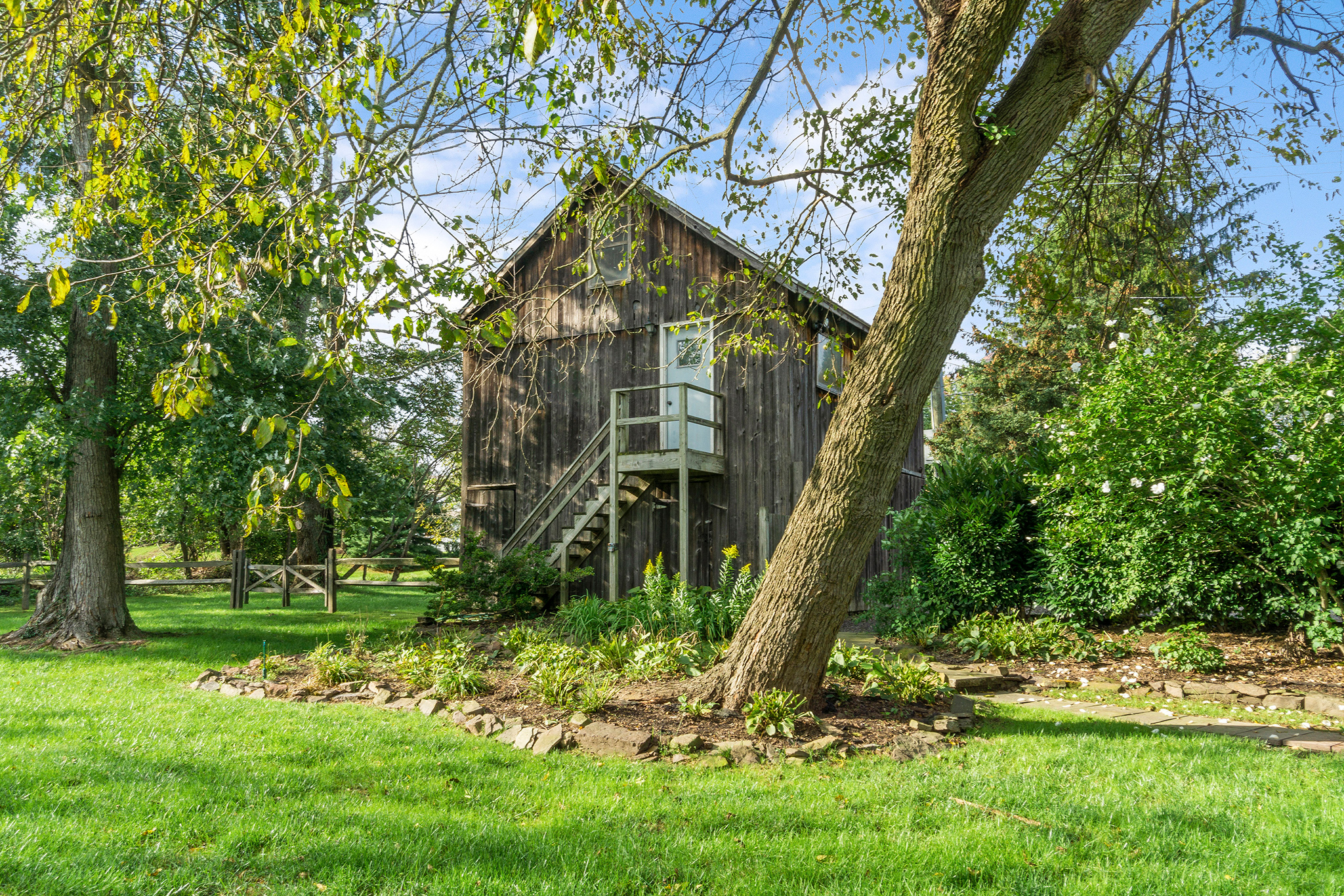 Historic Homes Newtown PA | Antique Barns Bucks County