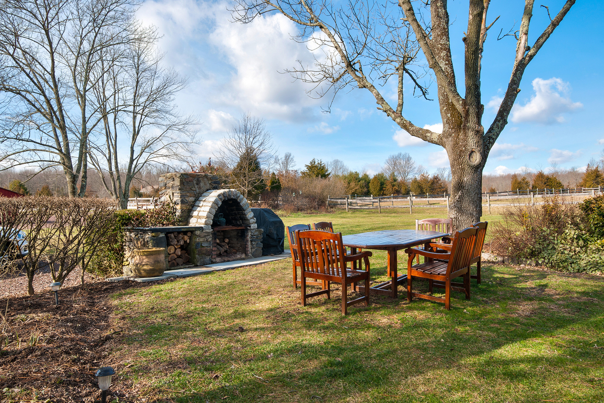 Al Fresco Dining Bucks County | Outdoor Fireplace Bucks County | Country Home Bucks County