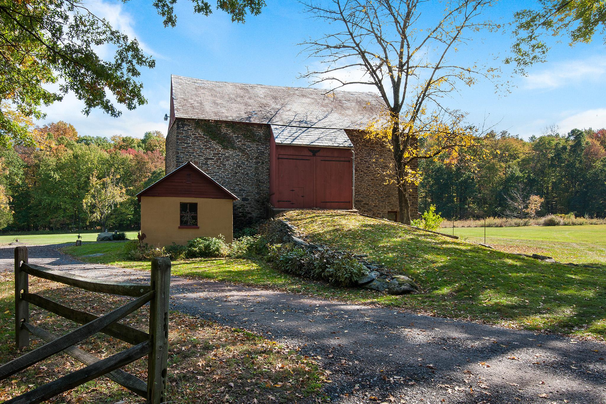 Stone Bank Barn Bucks County | #StoneBankBarn | Bucks County Barns | #BucksCountyBarns