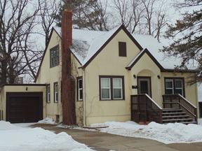 Saint Cloud MN Single Family Home For Sale: $149,900
