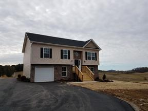 Christiansburg VA Single Family Home For Sale: $224,750