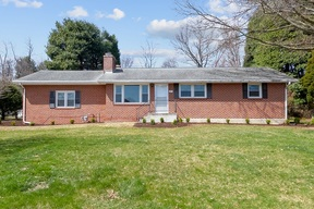 Blacksburg VA Single Family Home For Sale: $379,000
