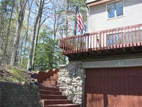 Single Family Home Sold: 101 Mountain Rd