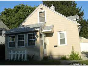 Single Family Home Sold: 890 Glide St