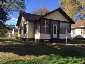 Single Family Home Sold: 221 N 24th Avenue