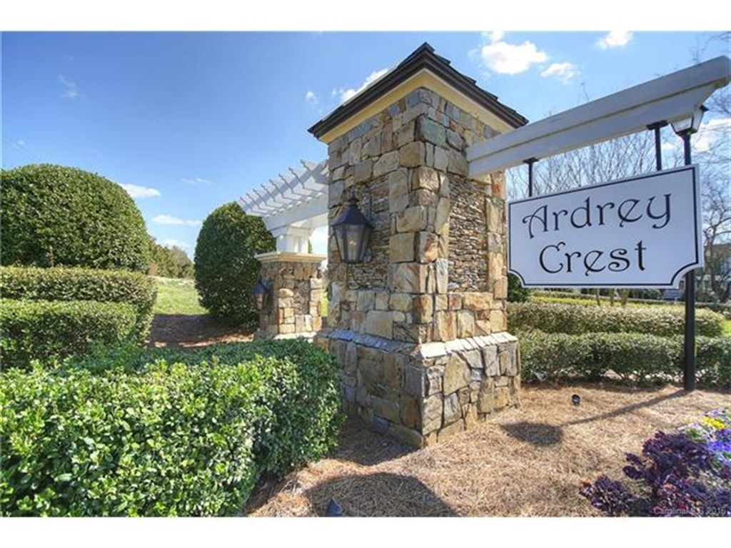 Ardrey Crest Neighborhood in Charlotte's Ballantyne Area