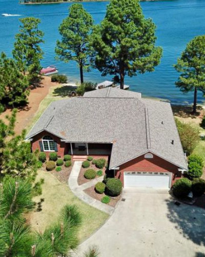 Waterfront Homes for Sale in Moore County, NC