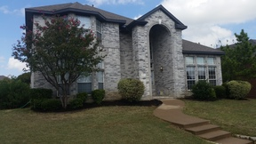 Rowlett TX Single Family Home Sale Pending: $261,900 Priced to Sell