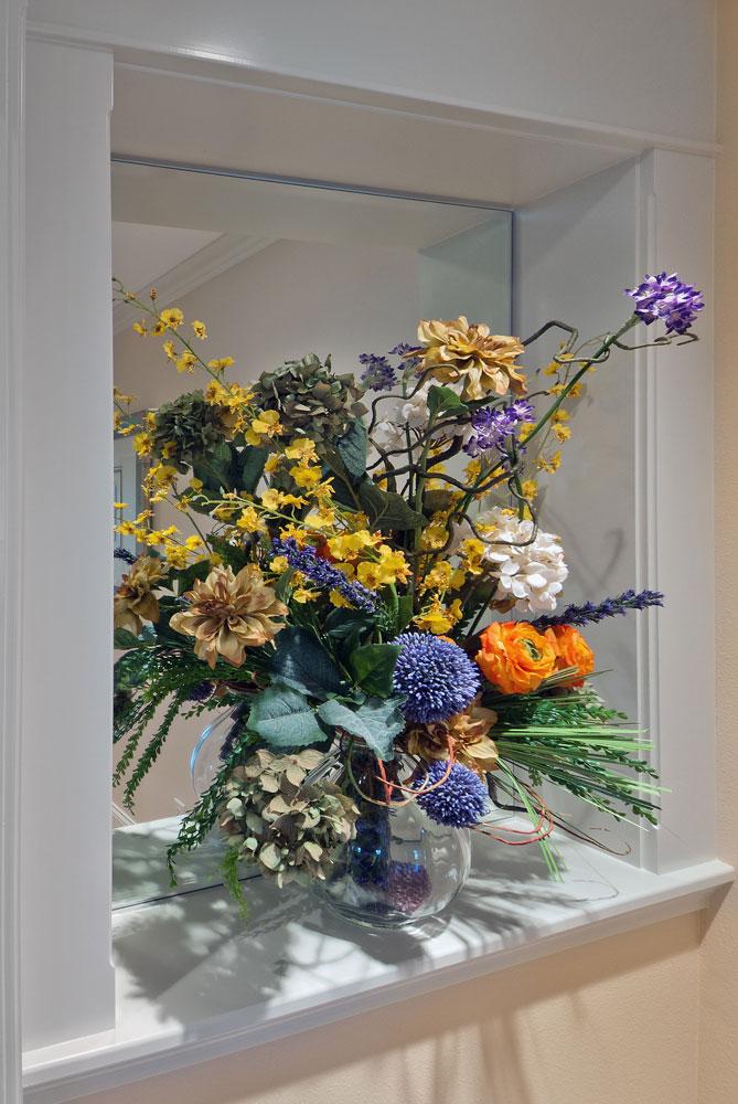 Floral Niche