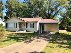 Single Family Home Sold: 527 Howell
