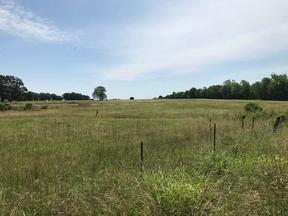 De Kalb  TX Farm For Sale: $289,000