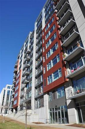 Condo Rented: 309 W Washington Ave #503