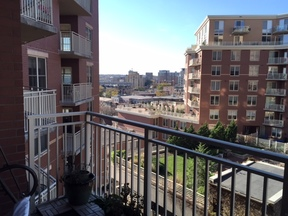 Condo Rented: 360 West Washington Ave #813