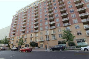Condo/Townhouse For Rent: 360 West Washington Ave #908
